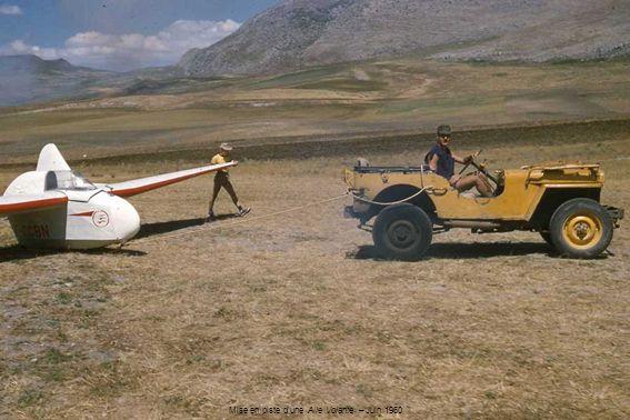Mise en piste d'une Aile Volante – Juin 1960