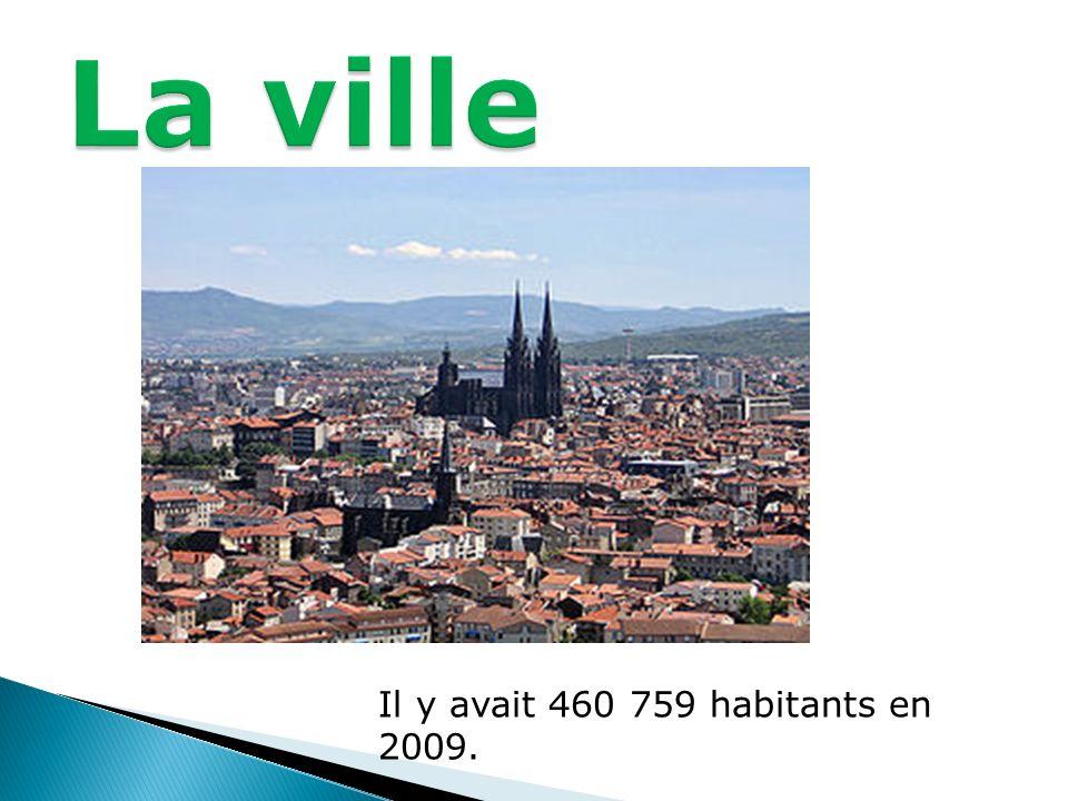 La ville Il y avait 460 759 habitants en 2009.