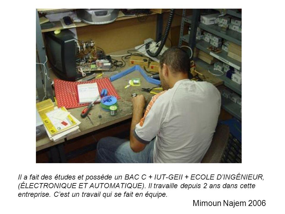 Il a fait des études et possède un BAC C + IUT-GEII + ECOLE D'INGÉNIEUR, (ÉLECTRONIQUE ET AUTOMATIQUE).