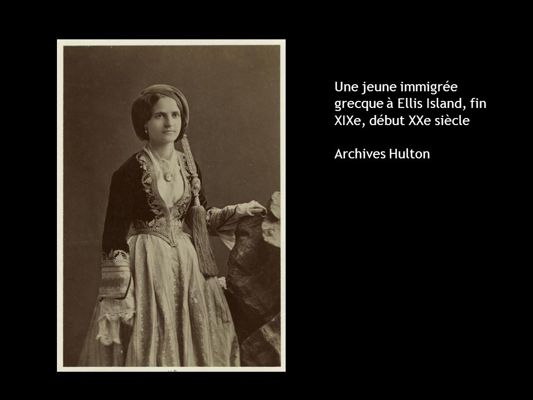Une jeune immigrée grecque à Ellis Island, fin XIXe, début XXe siècle