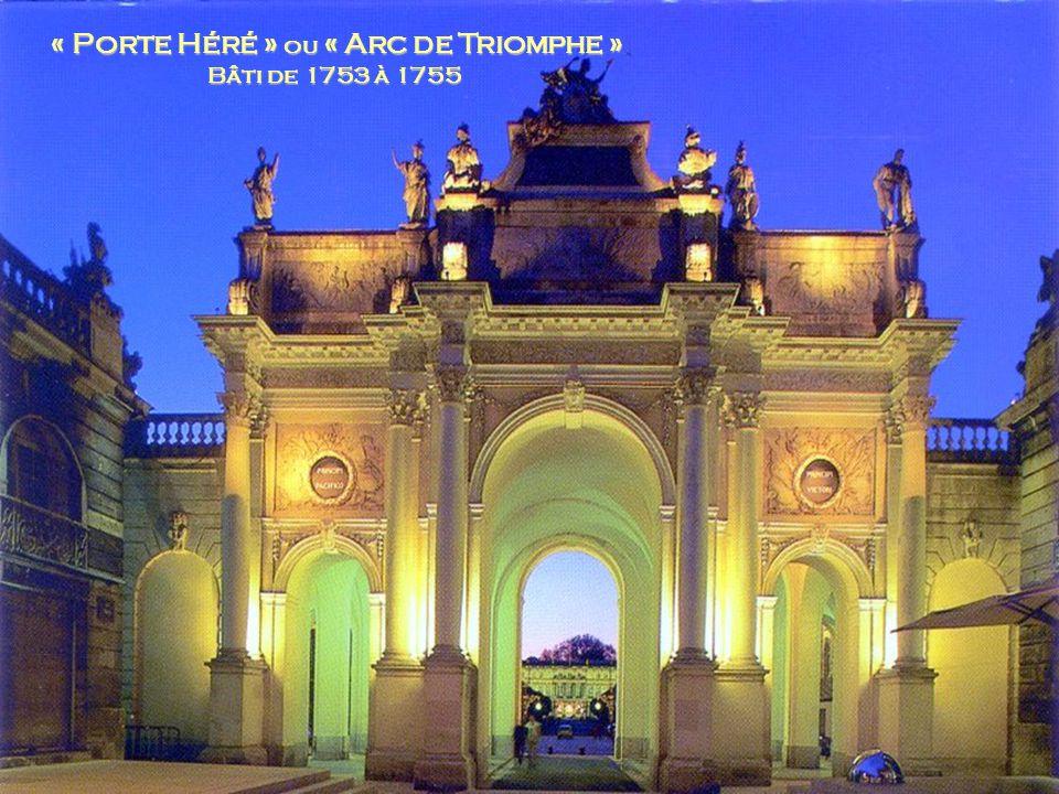 « Porte Héré » ou « Arc de Triomphe »
