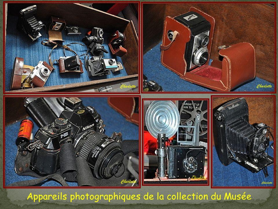 Appareils photographiques de la collection du Musée