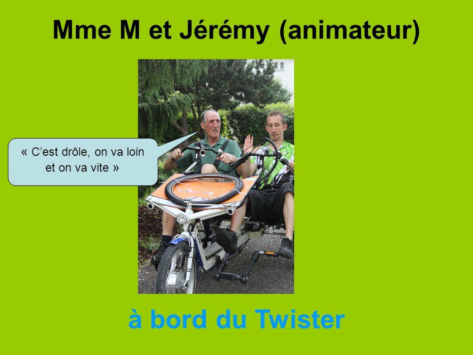 Mme M et Jérémy (animateur)
