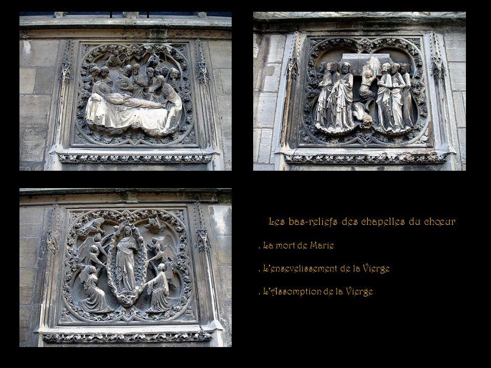 Les bas-reliefs des chapelles du chœur