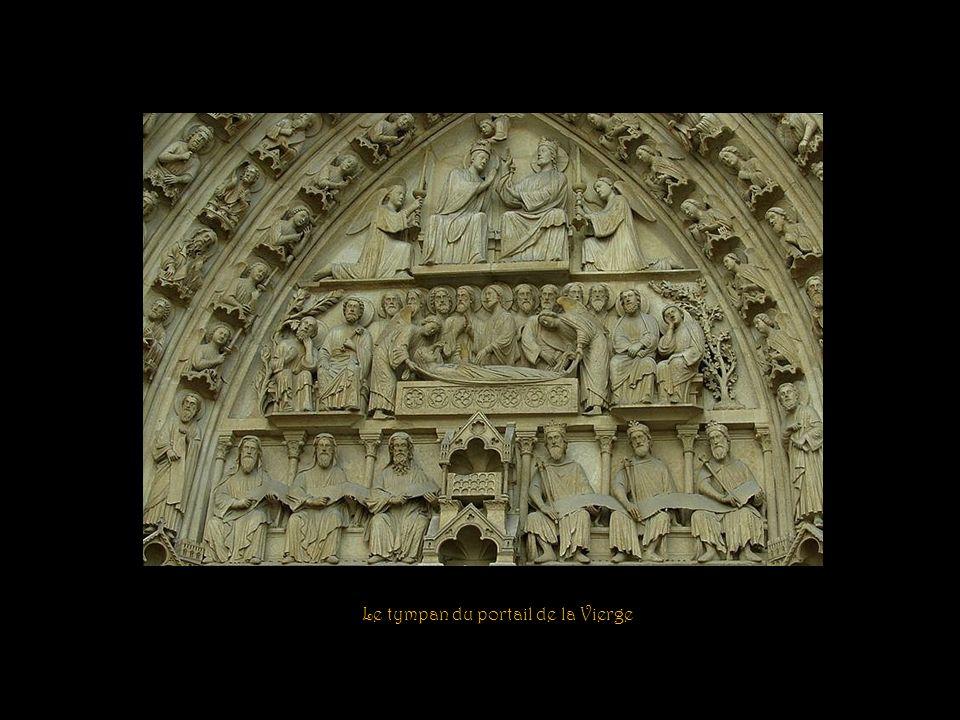 Le tympan du portail de la Vierge