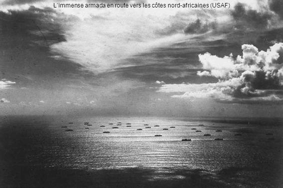 L'immense armada en route vers les côtes nord-africaines (USAF)