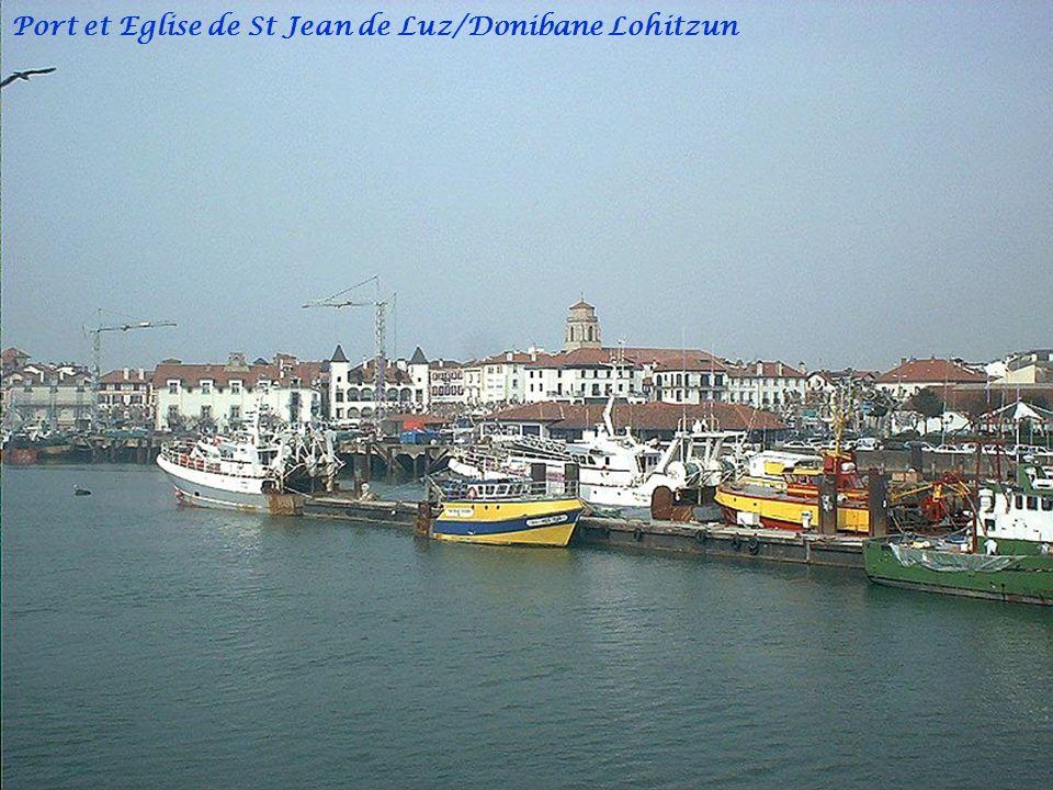 Port et Eglise de St Jean de Luz/Donibane Lohitzun