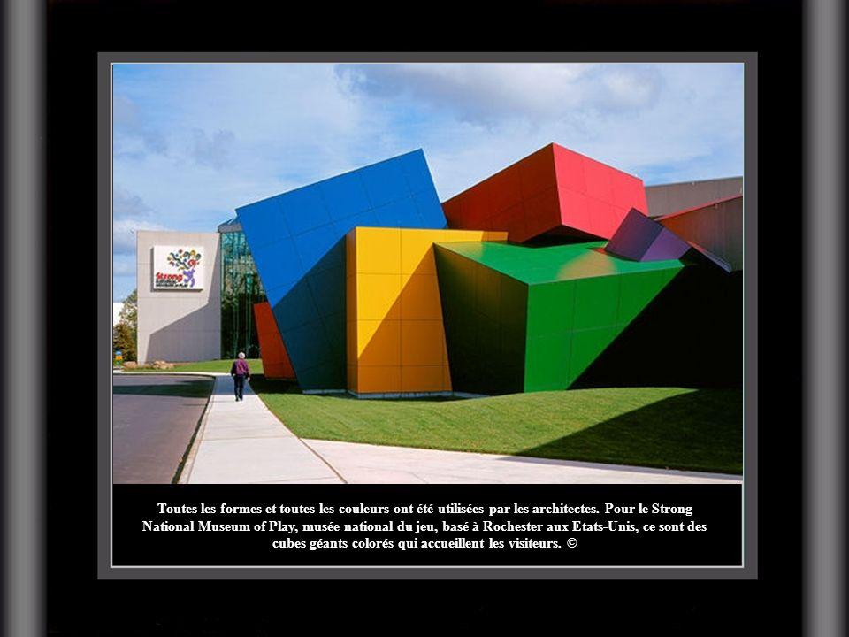 Toutes les formes et toutes les couleurs ont été utilisées par les architectes.