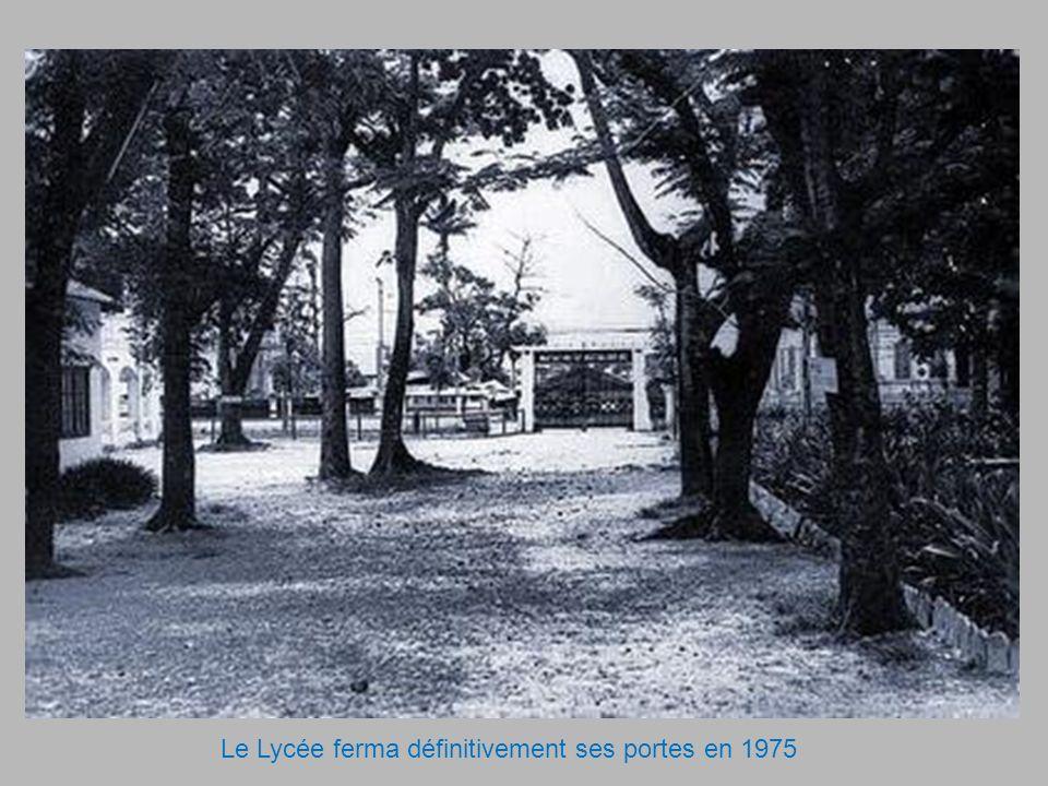 Le Lycée ferma définitivement ses portes en 1975