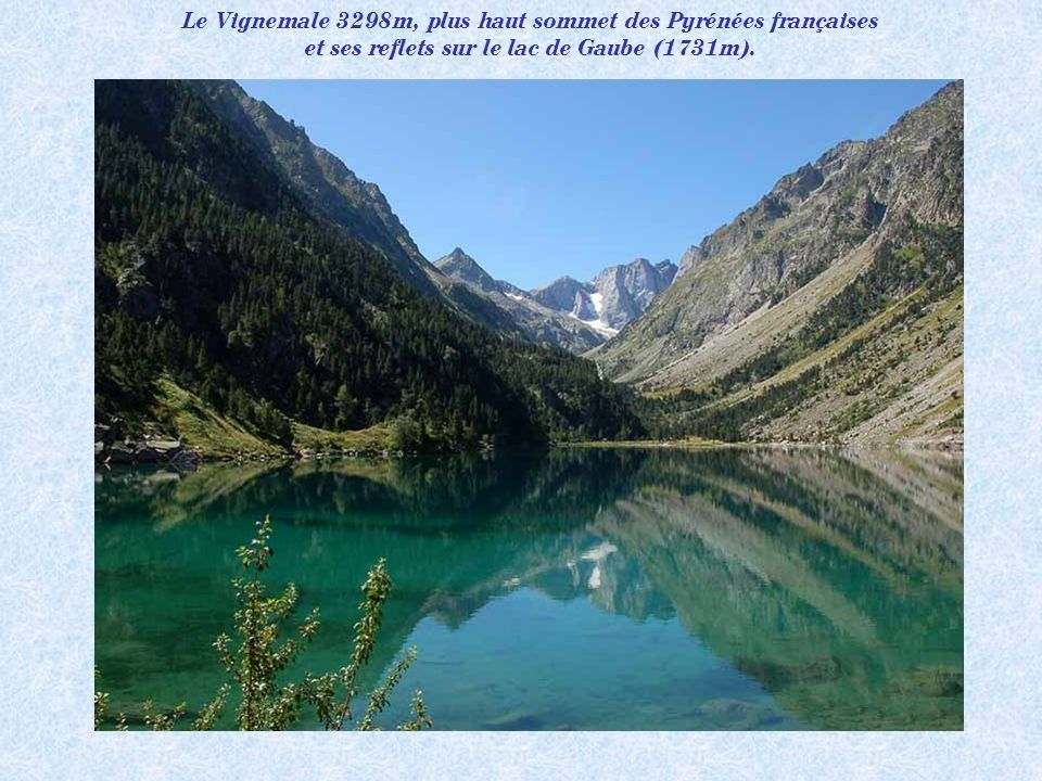 Le Vignemale 3298m, plus haut sommet des Pyrénées françaises