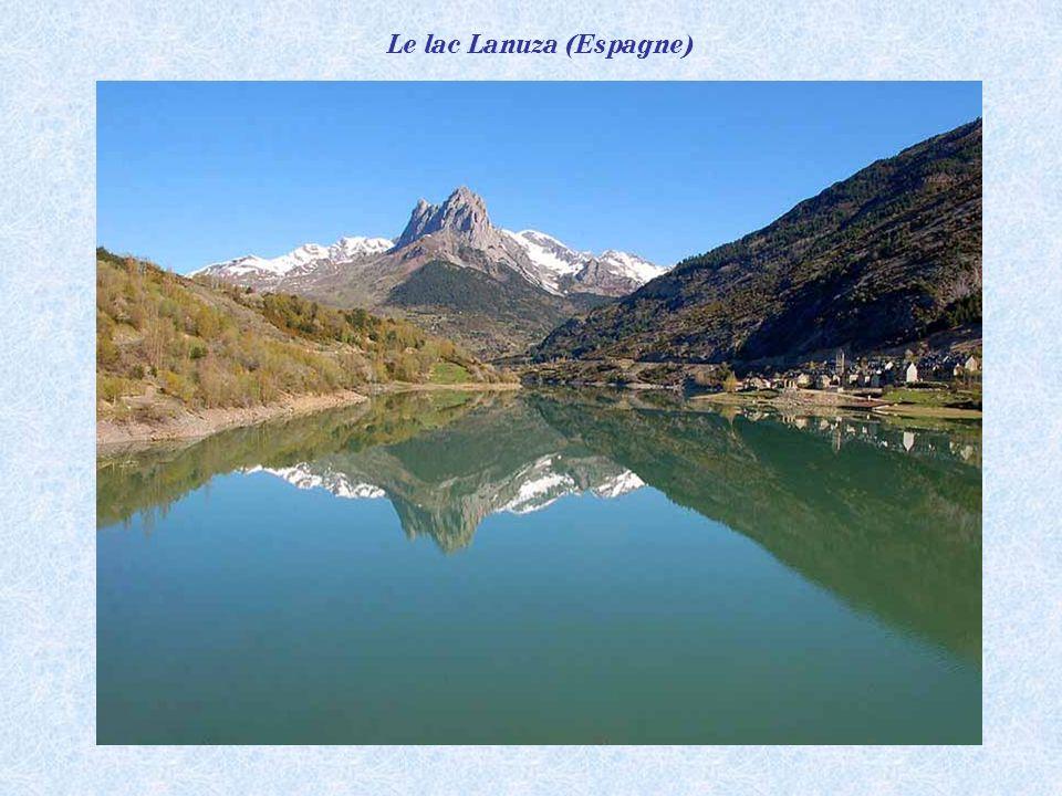 Le lac Lanuza (Espagne)