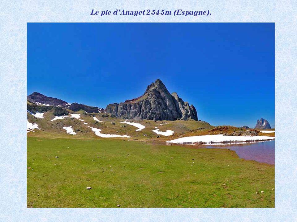 Le pic d'Anayet 2545m (Espagne).