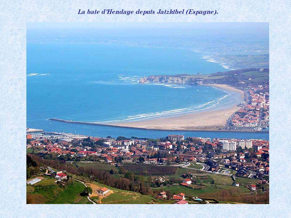La baie d'Hendaye depuis Jaizkibel (Espagne).
