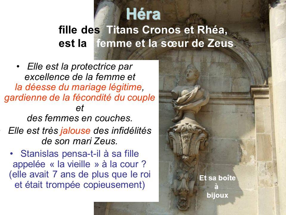 Héra fille des Titans Cronos et Rhéa, est la femme et la sœur de Zeus.
