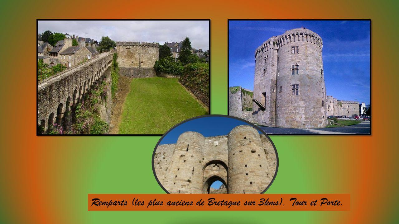 Remparts (les plus anciens de Bretagne sur 3kms). Tour et Porte.