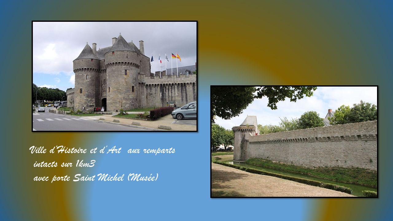 Ville d'Histoire et d'Art aux remparts