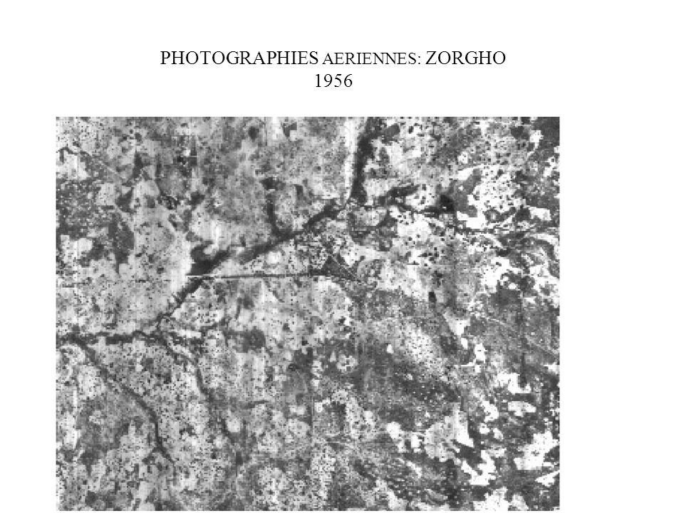 PHOTOGRAPHIES AERIENNES: ZORGHO 1956
