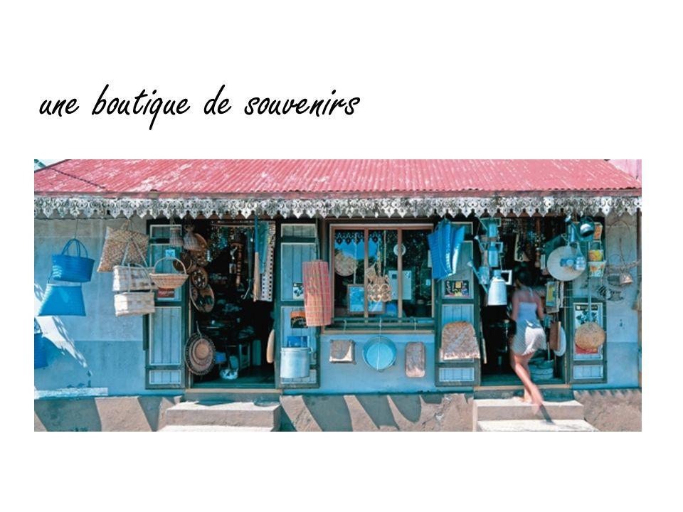 une boutique de souvenirs