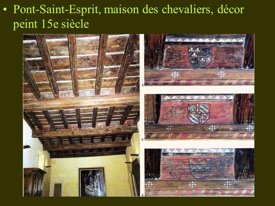 Pont-Saint-Esprit, maison des chevaliers, décor peint 15e siècle