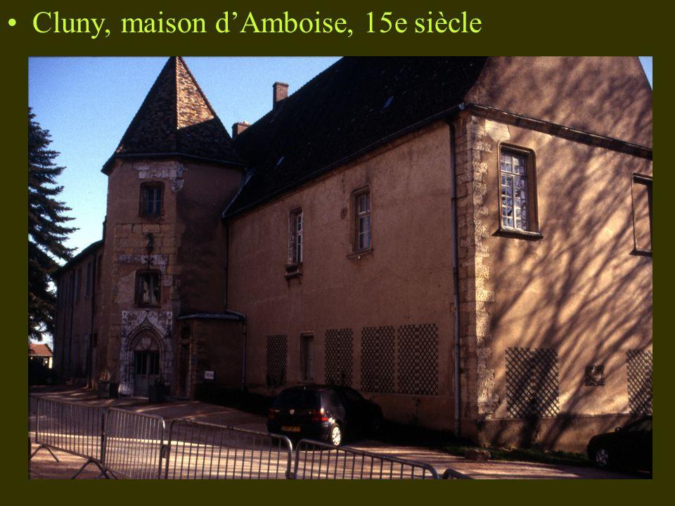 Cluny, maison d'Amboise, 15e siècle