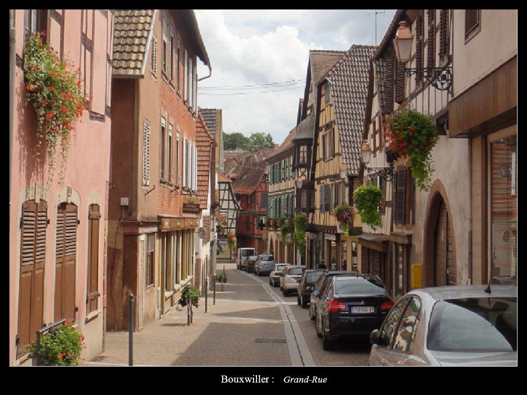Bouxwiller : Grand-Rue