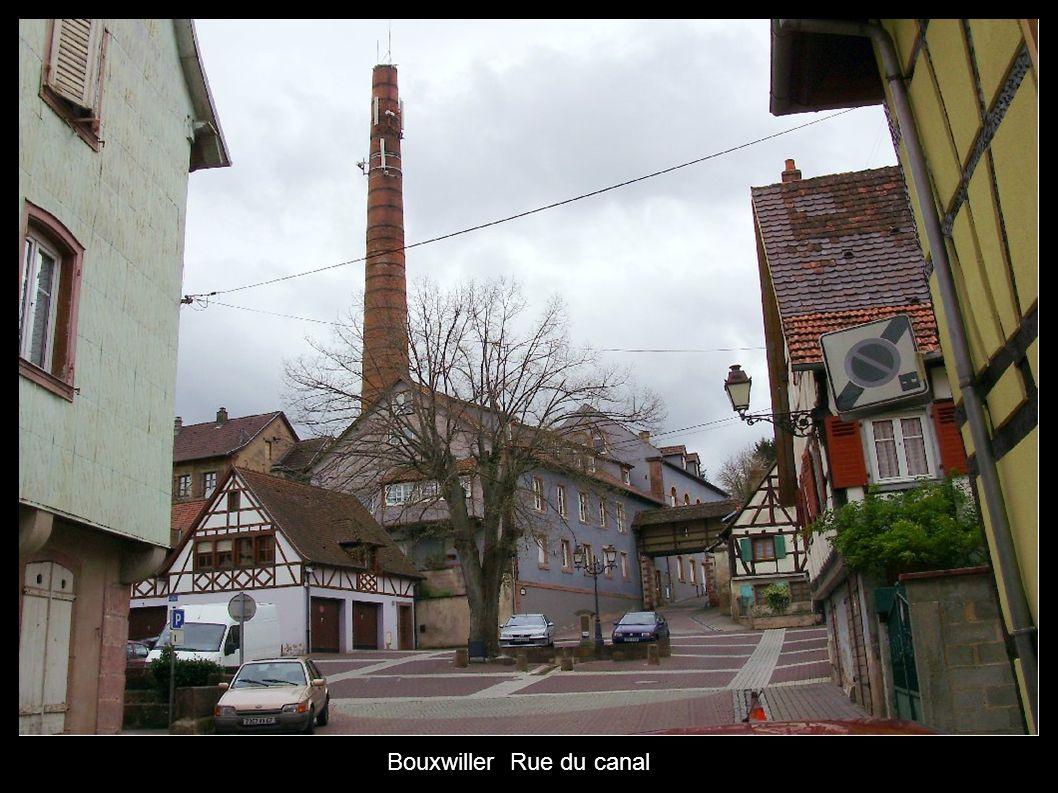 Bouxwiller Rue du canal