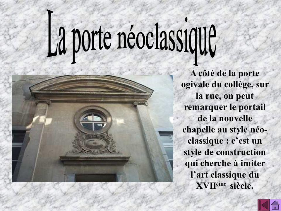 La porte néoclassique