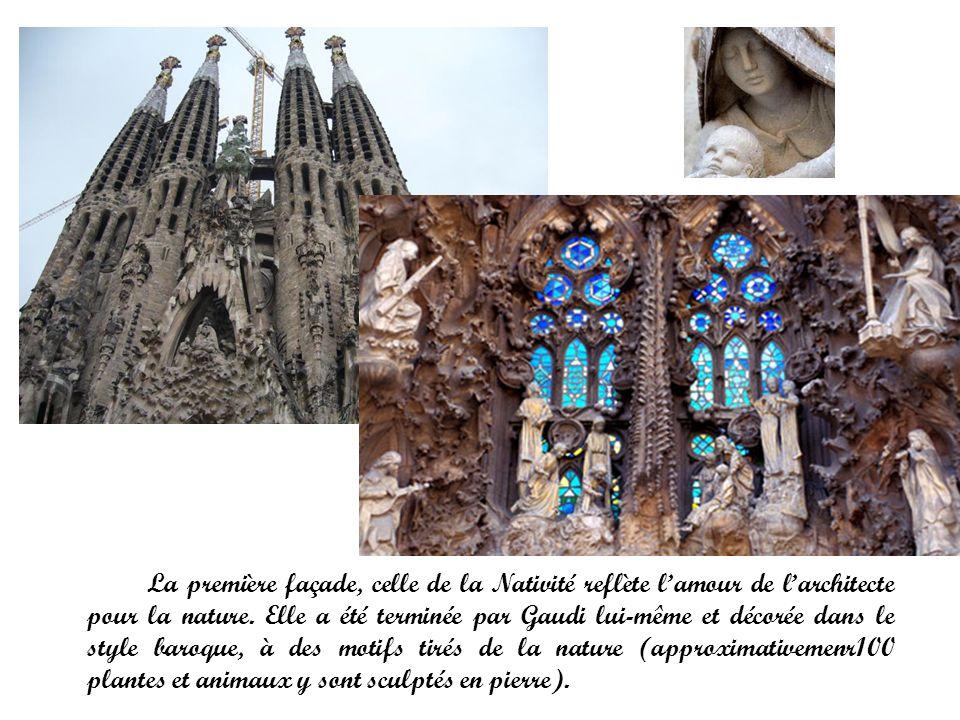 La première façade, celle de la Nativité reflète l'amour de l'architecte pour la nature.
