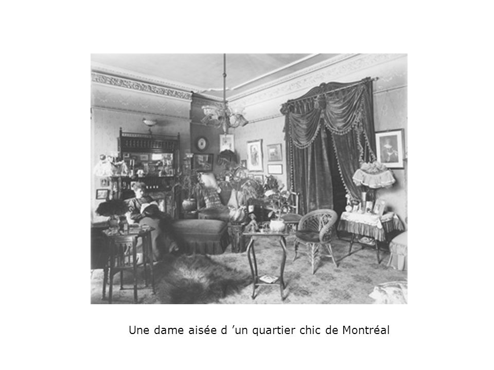 Une dame aisée d 'un quartier chic de Montréal
