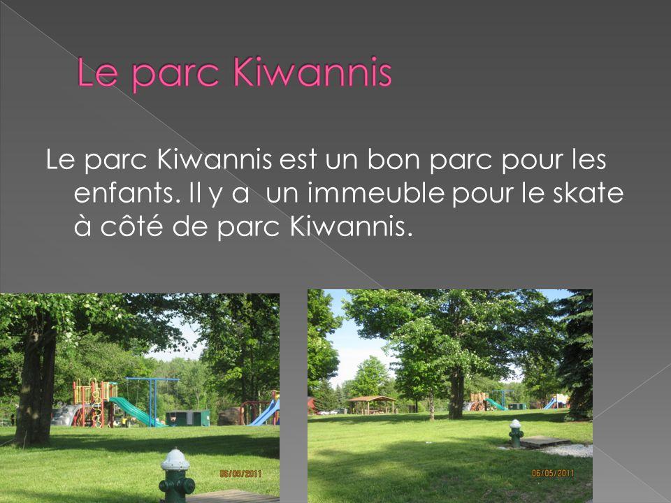 Le parc Kiwannis Le parc Kiwannis est un bon parc pour les enfants.