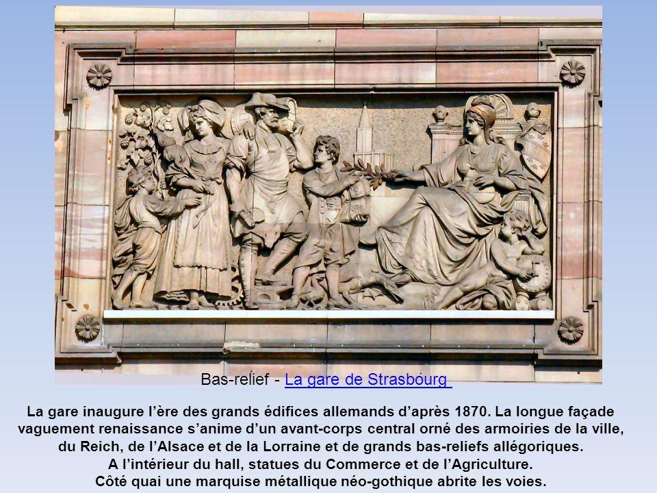Bas-relief - La gare de Strasbourg
