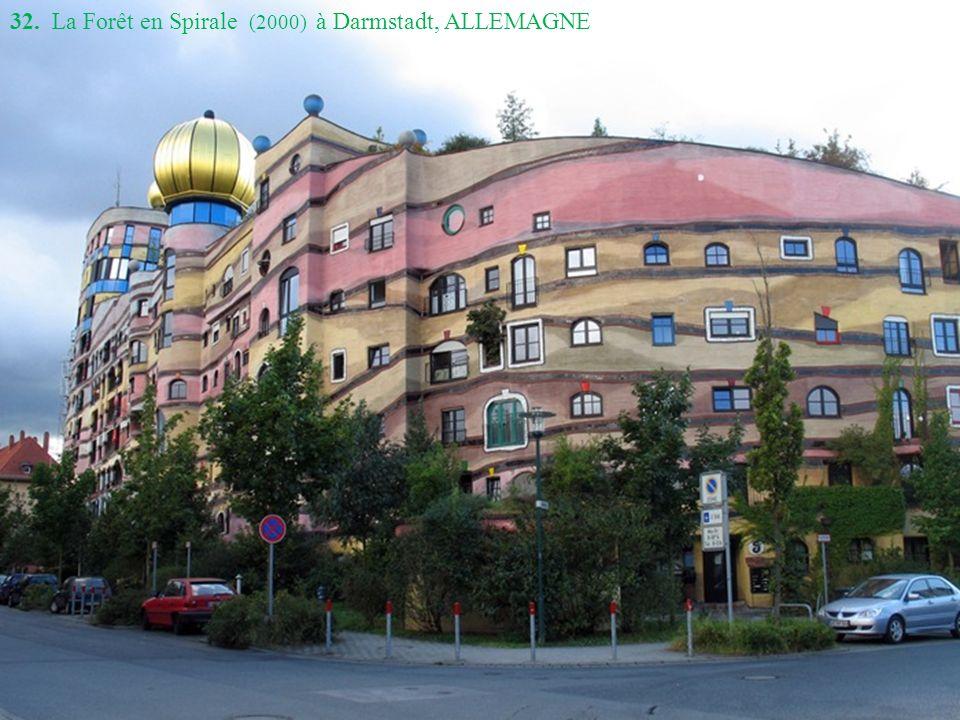32. La Forêt en Spirale (2000) à Darmstadt, ALLEMAGNE