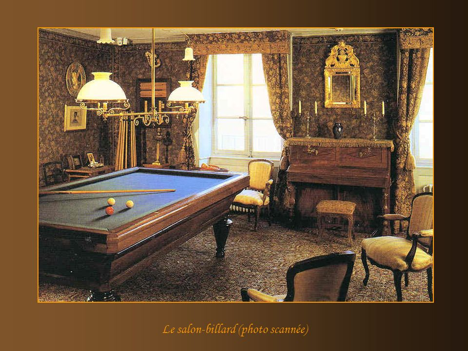 Le salon-billard (photo scannée)