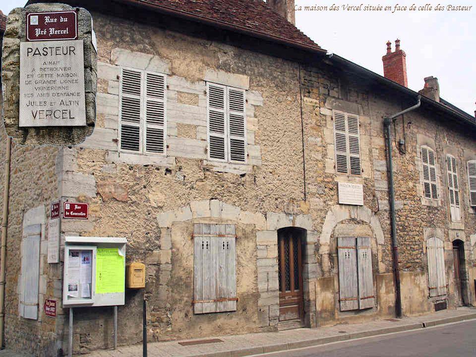 La maison des Vercel située en face de celle des Pasteur