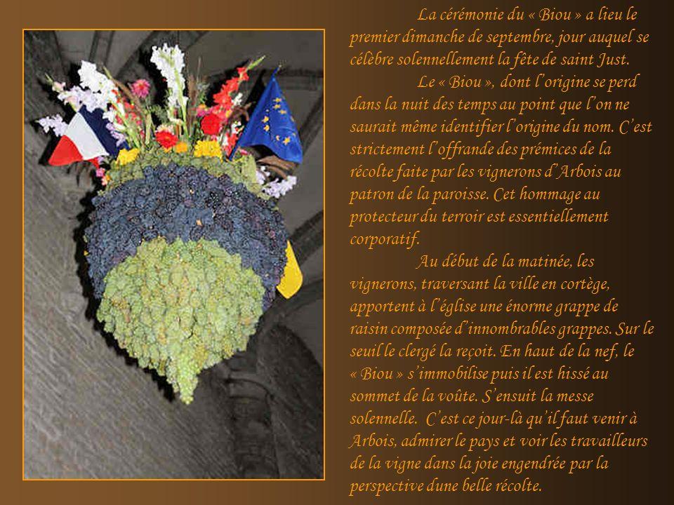 La cérémonie du « Biou » a lieu le premier dimanche de septembre, jour auquel se célèbre solennellement la fête de saint Just.