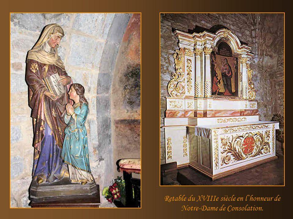 Retable du XVIIIe siècle en l'honneur de Notre-Dame de Consolation.