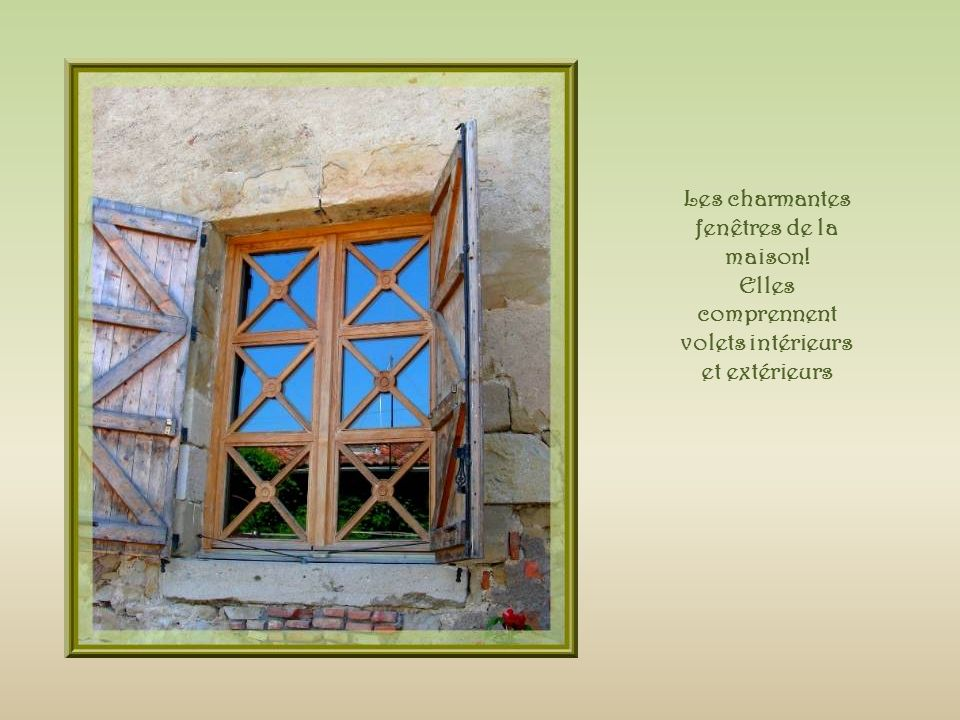 Les charmantes fenêtres de la maison!