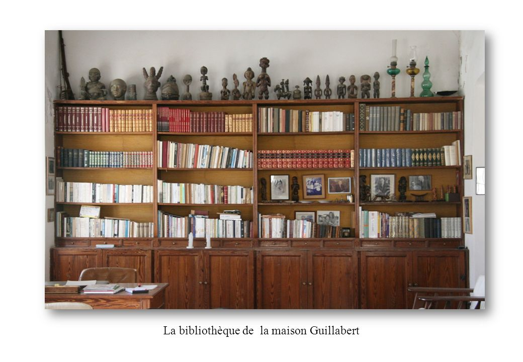 La bibliothèque de la maison Guillabert