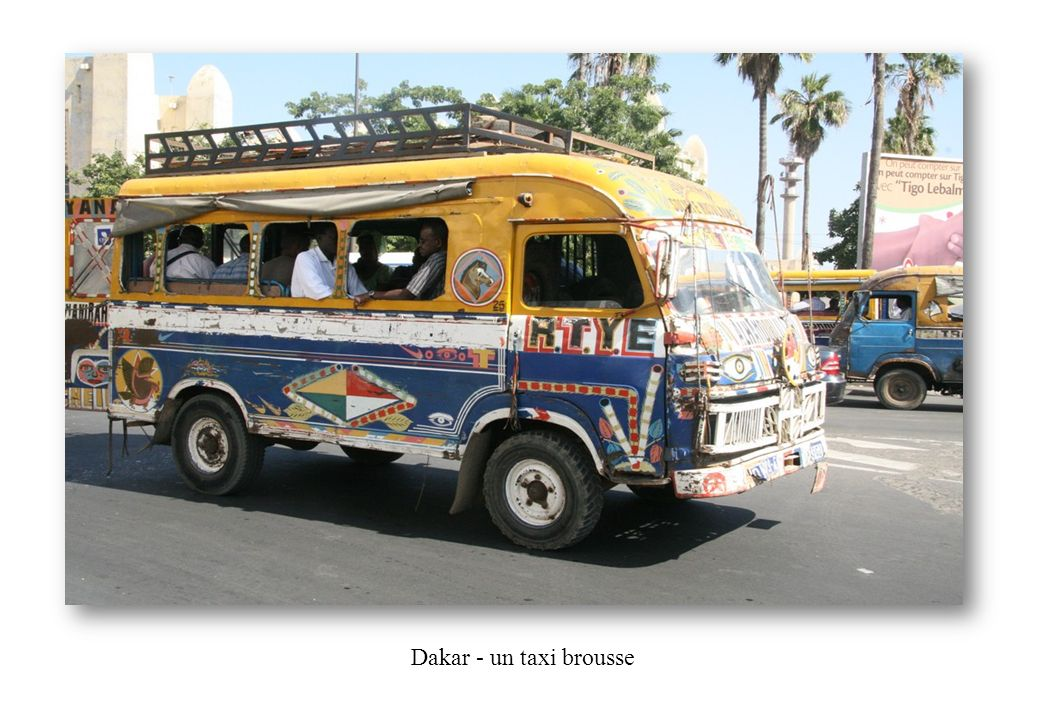 Dakar - un taxi brousse
