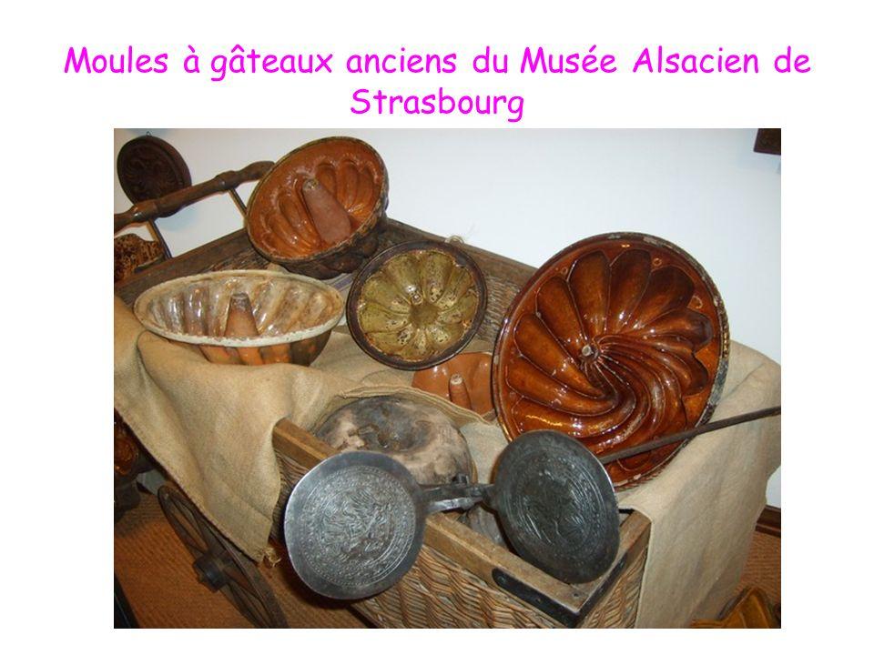 Moules à gâteaux anciens du Musée Alsacien de Strasbourg