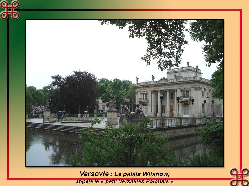 Varsovie : Le palais Wilanow, appelé le « petit Versailles Polonais »
