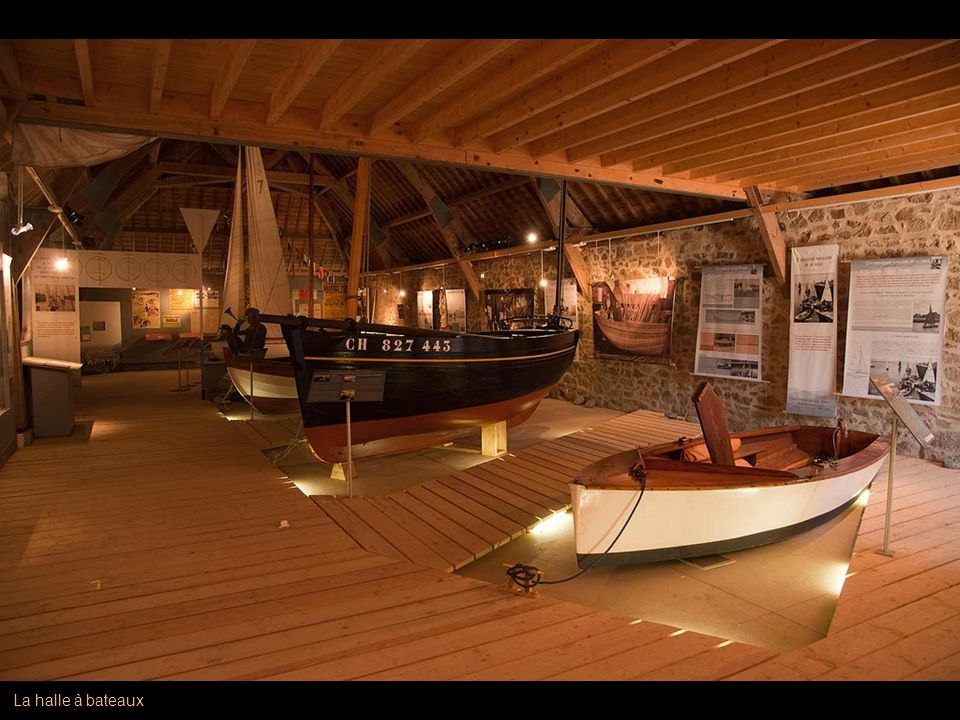 La halle à bateaux