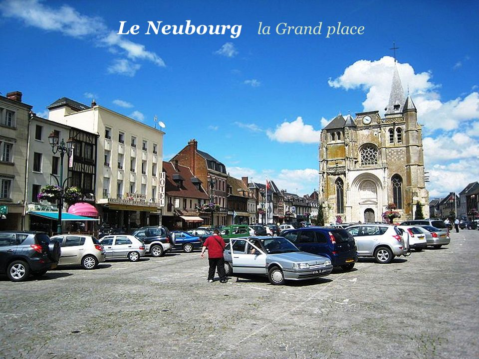 Le Neubourg la Grand place
