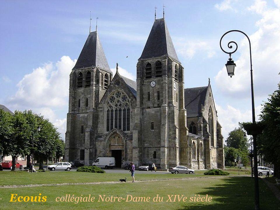 Ecouis collégiale Notre-Dame du XIVe siècle