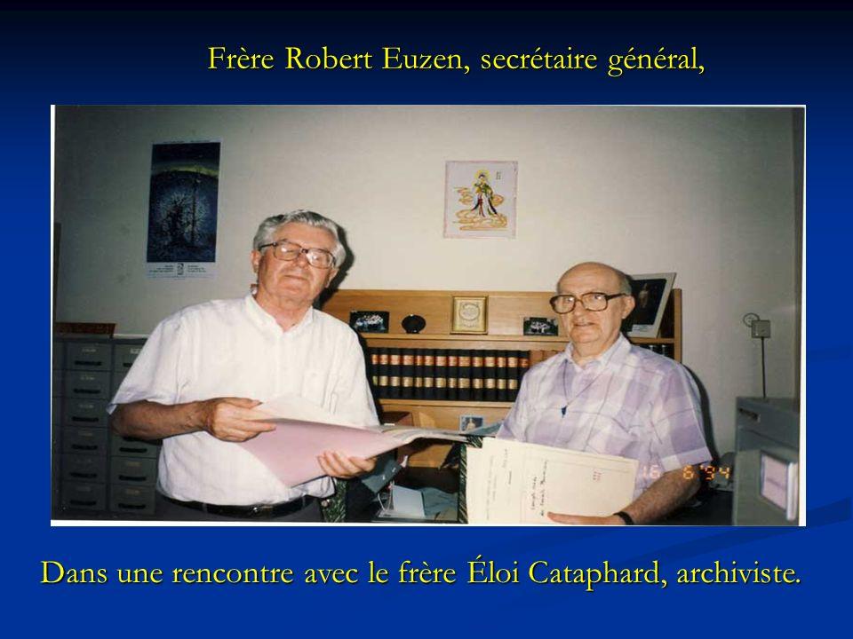 Frère Robert Euzen, secrétaire général,