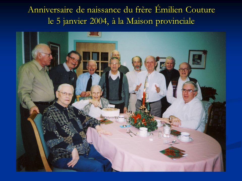 Anniversaire de naissance du frère Émilien Couture le 5 janvier 2004, à la Maison provinciale