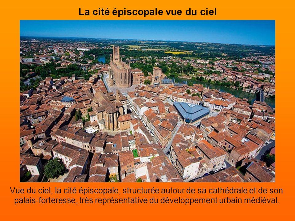 La cité épiscopale vue du ciel