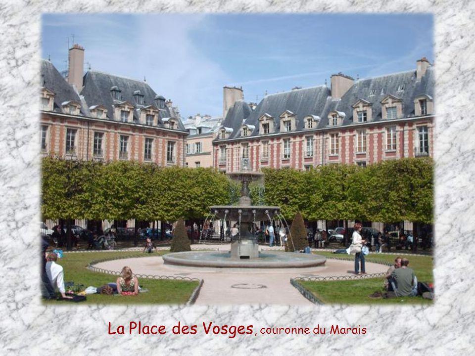La Place des Vosges, couronne du Marais