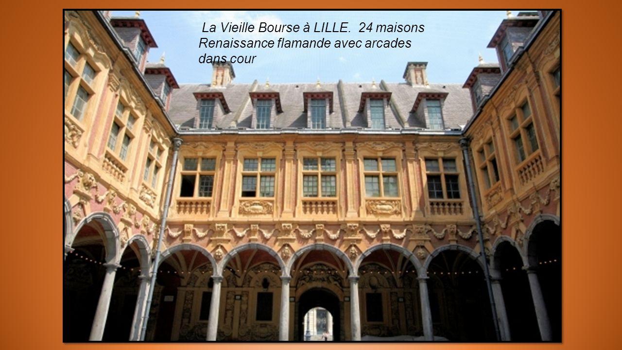 La Vieille Bourse à LILLE. 24 maisons
