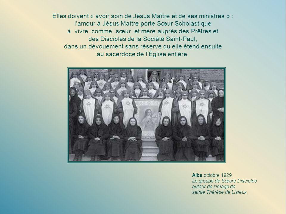 Elles doivent « avoir soin de Jésus Maître et de ses ministres » :